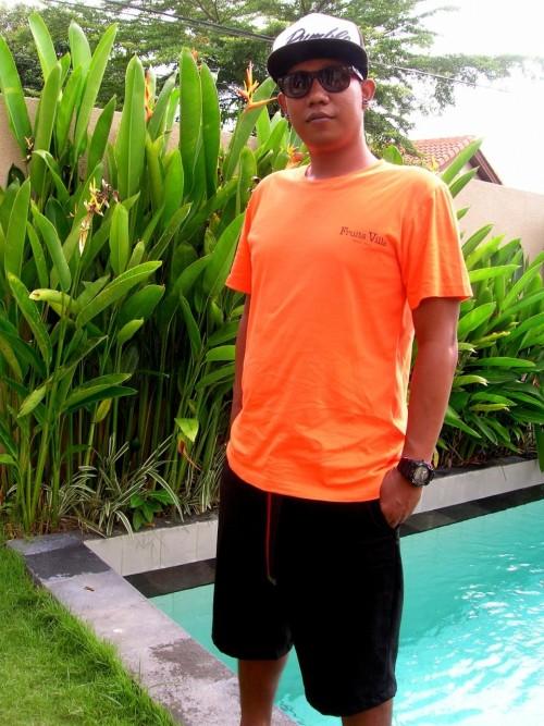 フルーツビラのTシャツ2